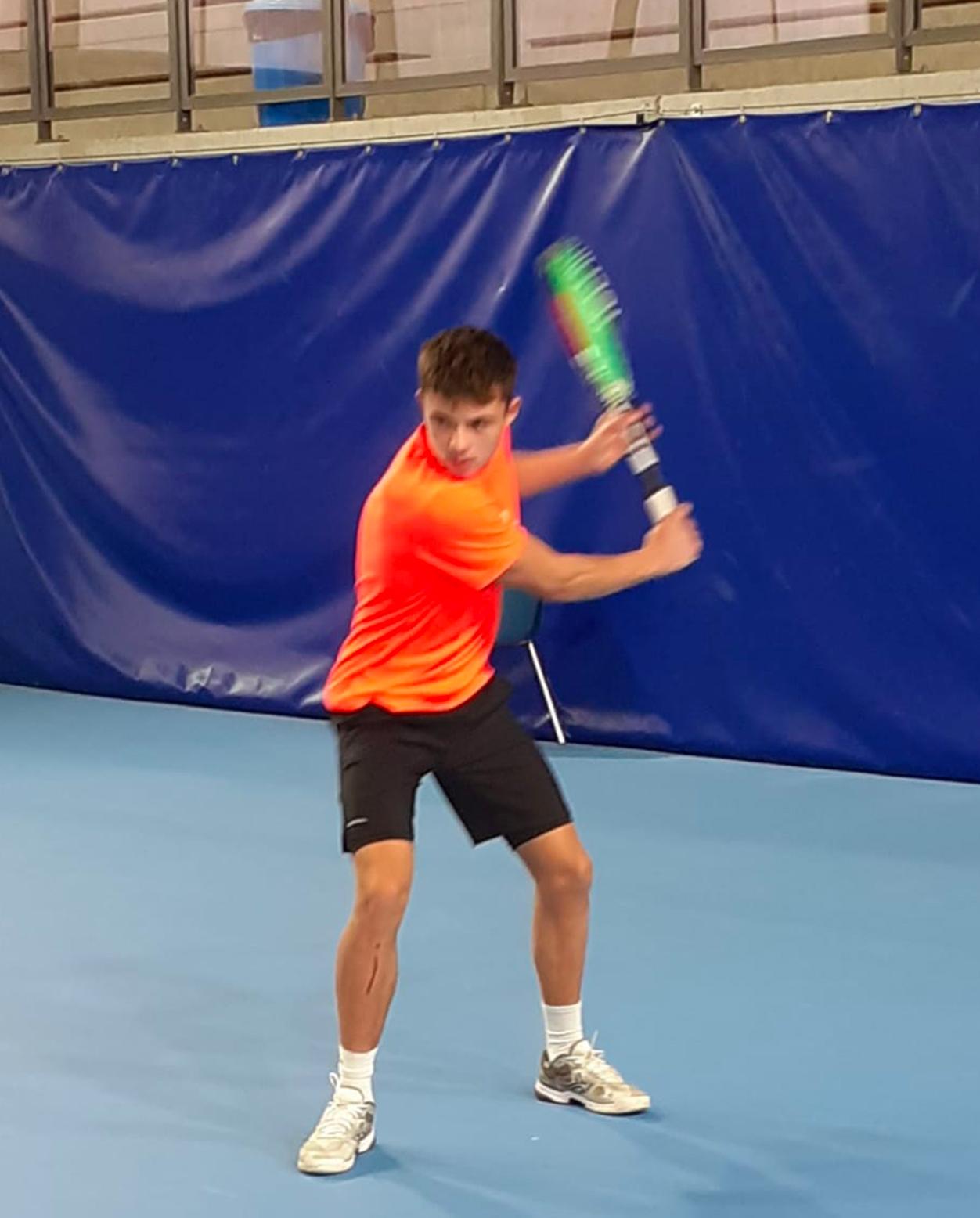 https://www.team-bms-tennis.fr/wp-content/uploads/2020/10/MathieuWierniezky.jpg