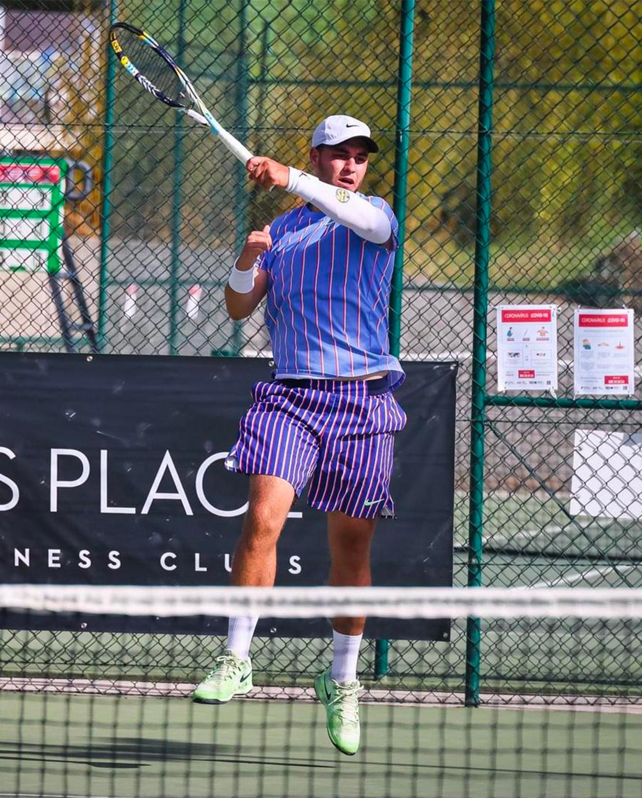 https://www.team-bms-tennis.fr/wp-content/uploads/2020/10/ValentinDeCarvalho.jpg