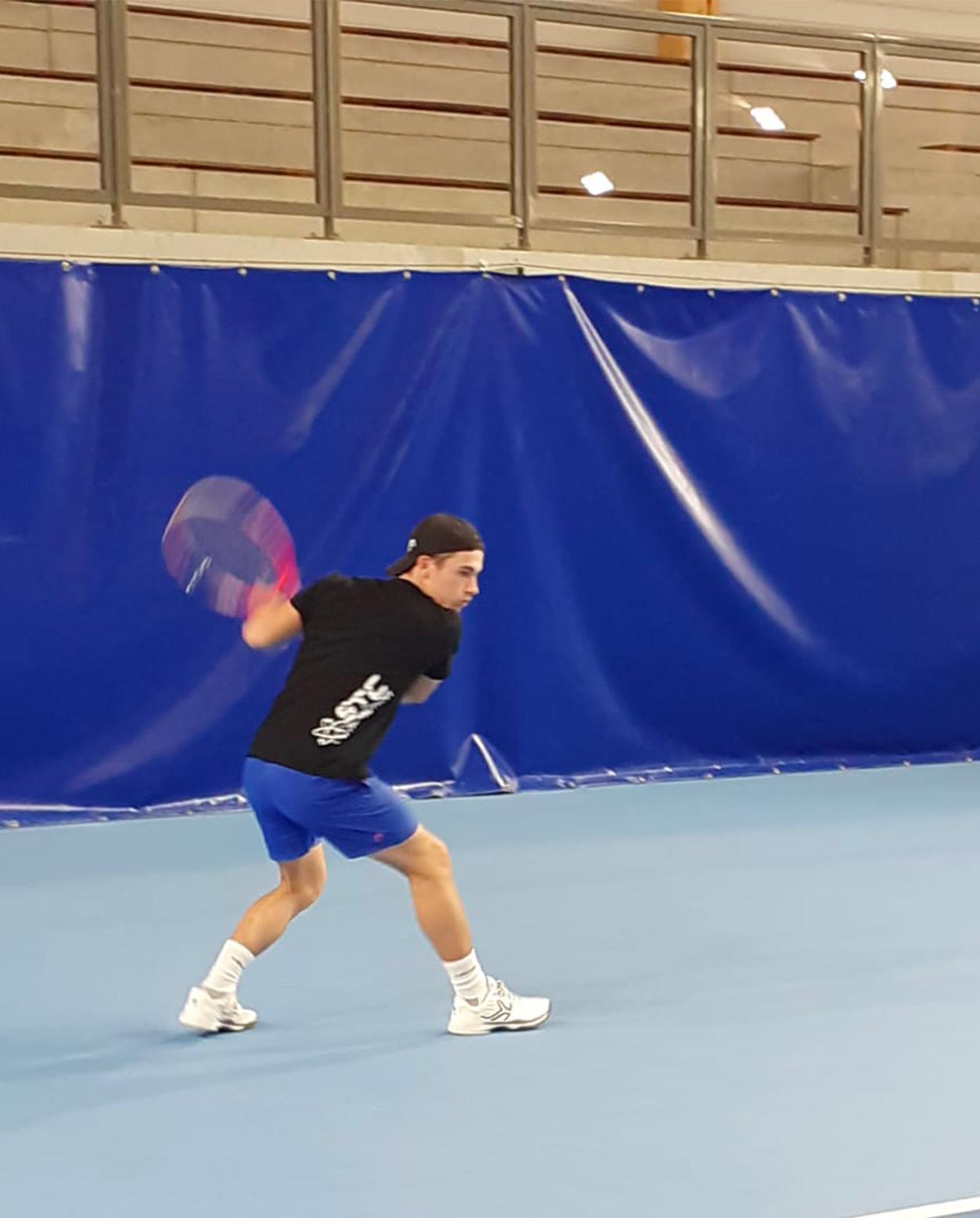 https://www.team-bms-tennis.fr/wp-content/uploads/2020/10/ZacharyJousserand.jpg